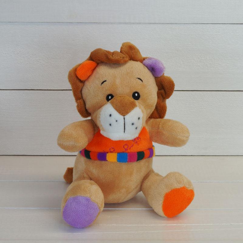 león de peluche naranja
