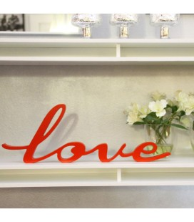Love de madera estirado. Letras de madera