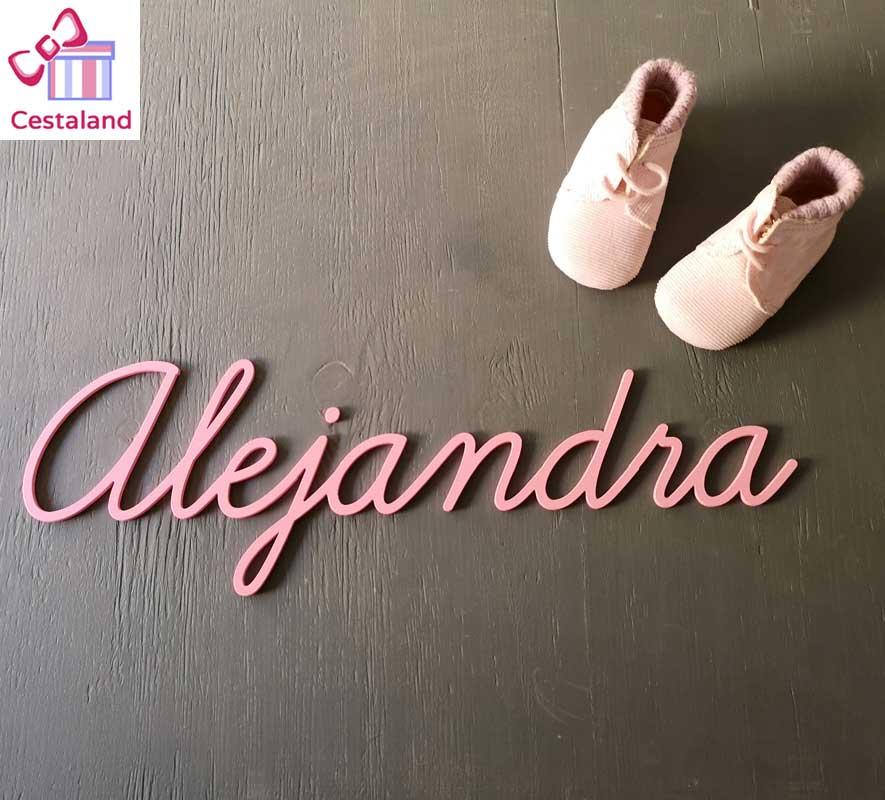 nombres para pared de madera Alejandra