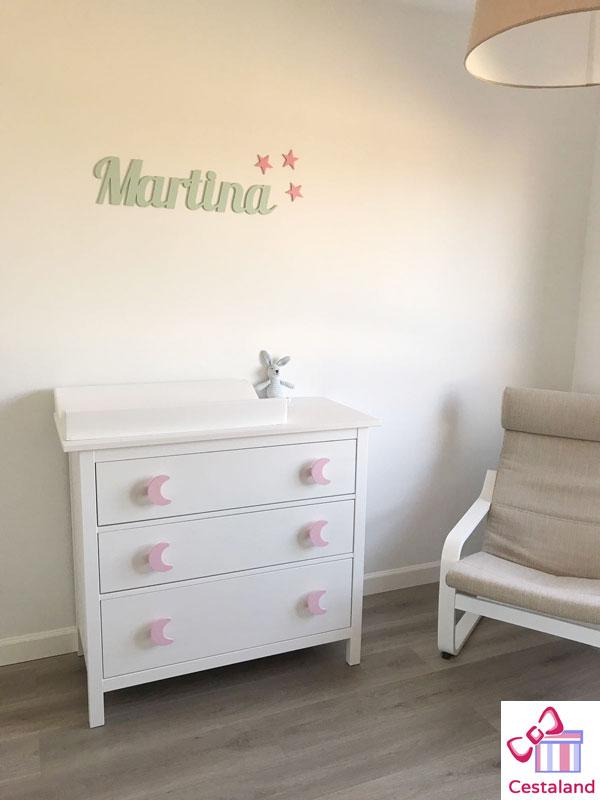 decorar con letras habitaciones infantiles