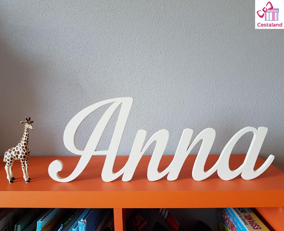 letras de madera blancas