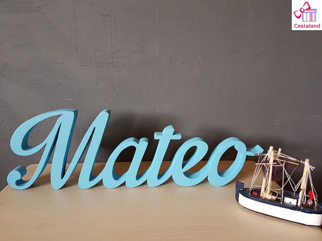 letras a medida de madera personalizadas Mateo