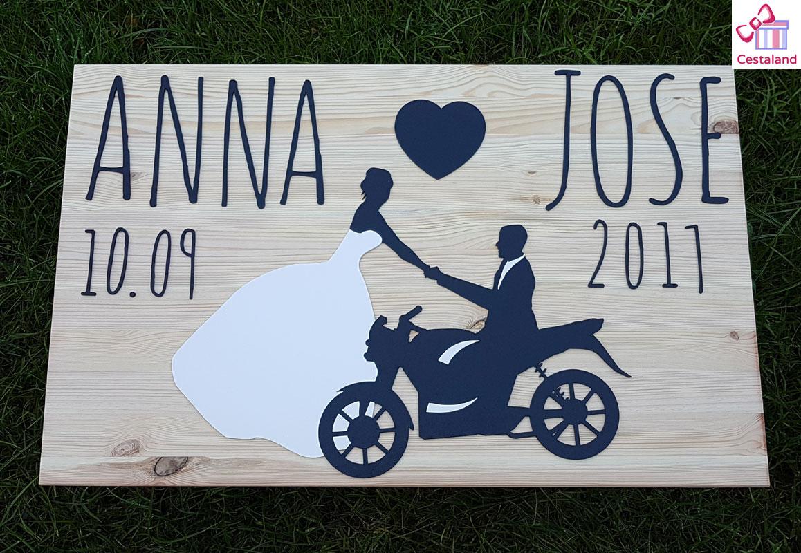 logotipos para bodas en madera
