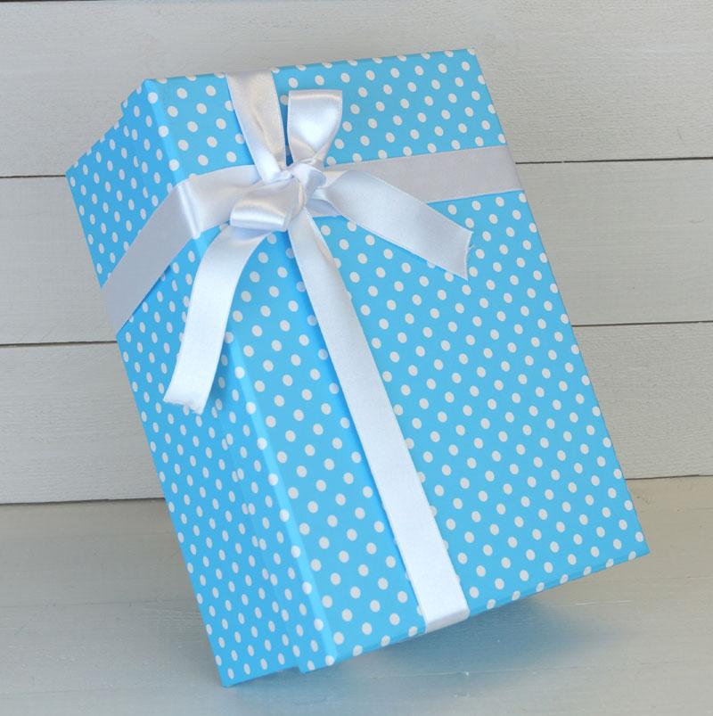 caja azul regalos barca