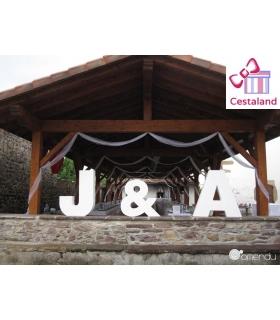 Letras gigantes para bodas. Iniciales gigantes novios