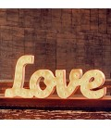 ALQUILER love iluminado. Letras iluminadas.