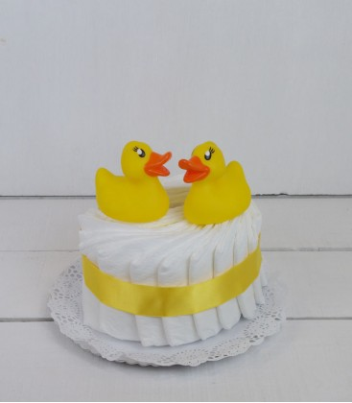 Tarta amarilla mini. Comprar tartas de pañales.