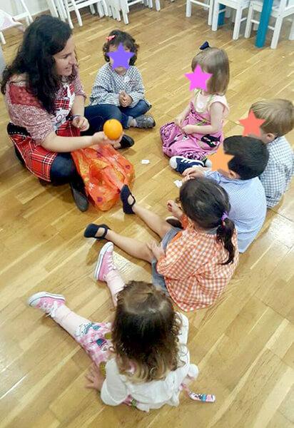 niños bilingües. Niños hablar inglés